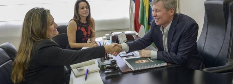 Prefeitura de Manaus se une à Câmara Municipal e ONGs para criar primeiro Hospital Municipal Veterinário