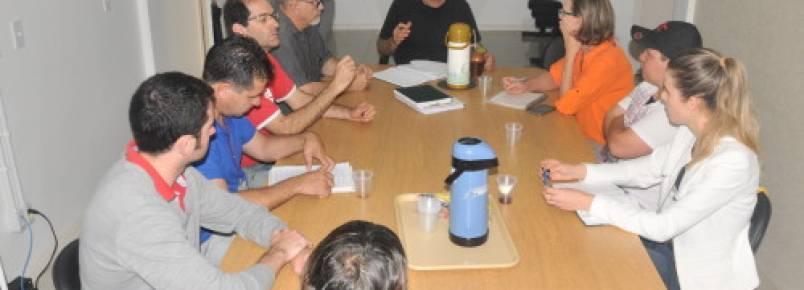Prefeitura e ONGs de proteção animal ajustam funcionalidade da URA