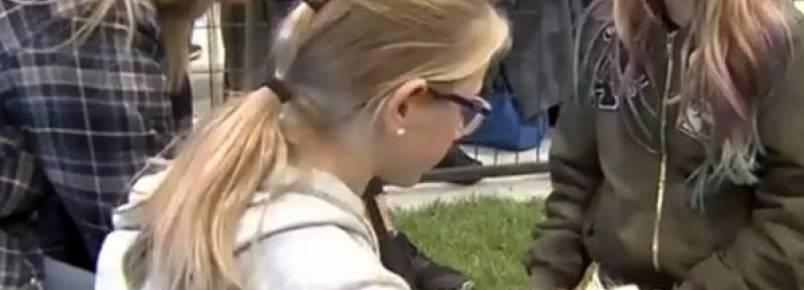80 cachorros ganharam novas famílias em um mesmo dia durante evento de adoção no Canadá