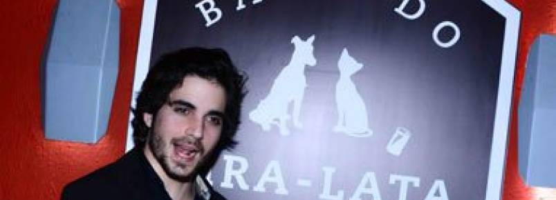Fiuk recebe famosos em show beneficente em prol da causa animal