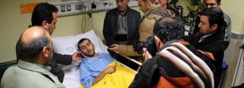 Soldado iraniano perde uma perna ao salvar cão de rua preso em um campo minado