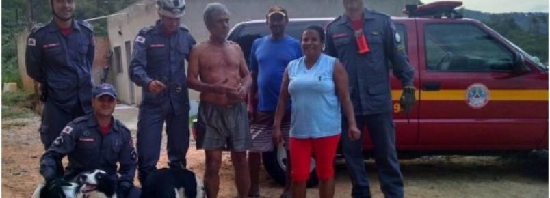 Cães do Corpo de Bombeiros salvam idoso em mata de Ribeirão das Neves