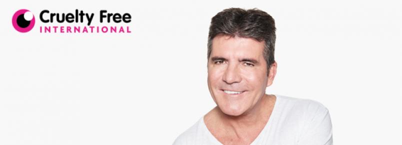 Simon Cowell participa de campanha contra testes feitos em animais